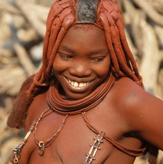Besuch im Dorf eines  Himba-Clans                   Foto Bernd J.Christmann African Tribes, African Women, Black Girls, Black Women, Himba People, Black Israelites, Africa People, Tribal Women, Ebony Beauty