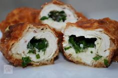 10 moduri delicioase in care poti pregati pieptul de pui Healthy Diet Recipes, Baby Food Recipes, Chicken Recipes, Healthy Food, Tasty, Yummy Food, Spinach Stuffed Chicken, Recipe Collection, Bagel