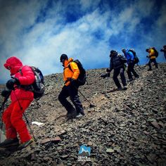 Aproveite a queda do dólar e venha participar dos nossos roteiros de Trekking e Expedições em Alta Montanha e Realize o seu Sonho em Alta Montanha. Visite nosso site http://ift.tt/191sHFt #GentedeMontanha #AltaMontanha #Montanhismo #Mountains #SpotBR #GarminBrasil #Atletasgarmin #ProntoParaAventura #DeuterBrasil #EueMinhaDeuter #Aconcágua #OjosdelSalado #Nepal #Kilimanjaro #HuaynaPotosi #CerroPlata #Trekking #Andes #7CUMES