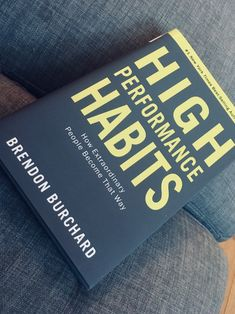 High Performance Habits ~ by Brendon Burchard ~ Best Self Help Books, Best Books To Read, Good Books, My Books, Book Club Books, Book Lists, Entrepreneur Books, Life Changing Books, Personal Development Books