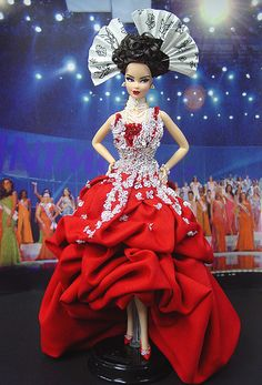 OOAK Barbie NiniMomo's Miss Hainan Island 2007 2008