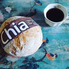 @nokinici 🍞🌱🍵🔝 #tutifittvagyok#kicsattanokazegeszsegtol #chia#chiabread #chiabreakfast #tea#tea#kenyér#chiakenyér#egészséges #mutimiteszel #mutimiteszel_fitt #fitness #fitt#fittmom #monday#mondaymorning #day#hétfő #greentea #zöldtea