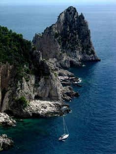 The sapphire waters of the Mediterranean #Capri #Italy
