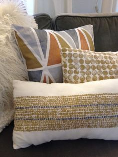 Painted pillows. I could totally do this. Maybe. Possibly. I think. right?