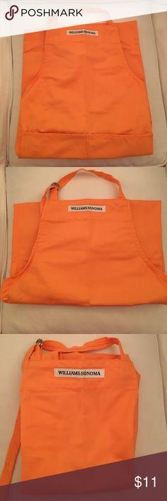 """BNWOT Williams Sonoma Apron BNWOT Williams Sonoma apron. 100% cotton orange apron. Two front pockets. 27"""" W x 36"""" L williams sonoma Accessories"""