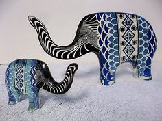 Two Vintage Abraham Palatnik Elephants Lucite Acrylic Sculpture Figurines. Elephant Figurines, Mid-century Modern, Cuff Bracelets, Objects, Mid Century, Sculpture, Animals, Vintage, Beautiful