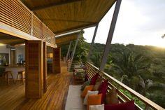 Casa de madeira e bambu (12)