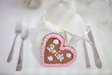 Trachtenhochzeit Gastgeschenk Bride, Christmas Ornaments, Holiday Decor, Favors, Ideas, Wedding Bride, Christmas Jewelry, The Bride, Christmas Ornament