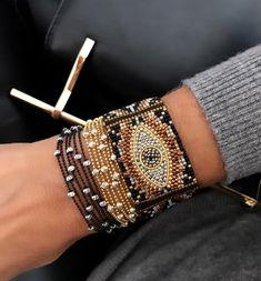 "Фотографии Бисероплетение ""М.К."" Beaded Cuff Bracelet, Bead Loom Bracelets, Beaded Bracelet Patterns, Bead Loom Patterns, Seed Bead Jewelry, Bead Jewellery, Southwestern Jewelry, Gypsy Jewelry, Tear"