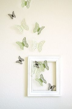 Butterfly wall decor DIY (butterflies flying out of picture frame) Teen Girl Bedrooms, Little Girl Rooms, Butterfly Room, Butterfly Wall Decor, Paper Butterflies, Butterfly Bathroom, Butterfly Lighting, Butterflies Flying, Green Butterfly