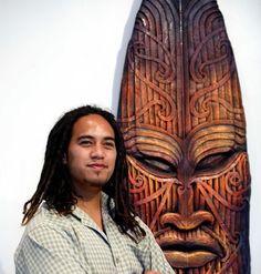 Maori Art- on old surfboard Surfers Attic-cool art work. Art Maori, Sculpture Art, Metal Sculptures, Abstract Sculpture, Bronze Sculpture, Maori Tribe, Maori People, Maori Designs, New Zealand Art