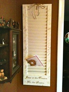 Christmas Card Holder. Who on my FB has an old door thingy similar to this???