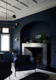 2018 Dulux Colour Awards Finalists Announced (The Design Files) Dark Living Rooms, Beautiful Living Rooms, Living Room Paint, Dark Rooms, The Design Files, Design Blog, Design Ideas, Bedroom Paint Colors, Room Colors