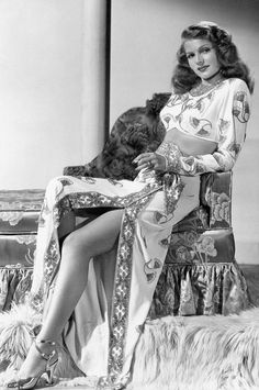 On old portrait of the great actrees of #Hollywood #RitaHayworth ...