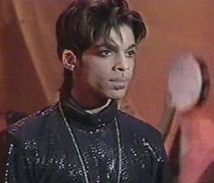 This mans face just SCREAMS sexy ;) literally we all know this about Prince, so i decided to make this book full of prince imagines.the intensity of the. Prince And Mayte, My Prince, Prince Gifs, The Artist Prince, Handsome Prince, Roger Nelson, Thing 1, Prince Rogers Nelson, Lucky Girl