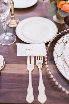 Gold calligraphy place cards: http://www.stylemepretty.com/living/2015/11/22/autumn-table-inspiration/ | Photography: Luke & Cat - http://lukeandcat.com/