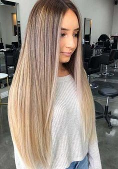 Stunning Blonde Balayage Straight Hairstyles for 2018 Explore this link to get our best styles of long straight and sleek blonde balayage hairstyles for best personality nowadays. Make your whole look more attractive by flaunting these amazing trends of s Balayage Straight Hair, Short Straight Hair, Straight Hairstyles For Long Hair, Blonde Balayage Long Hair, Long Ombre Hair, Blonde Ombre, Highlights For Straight Hair, Ombre Hair For Blondes, Highlighted Hair For Brunettes