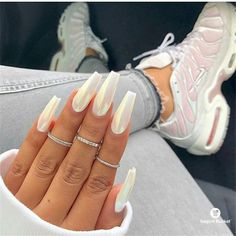 Nailed it! Today we have 34 nails that clearly nailed it! All of these nails are amazing and are what nail art is all about. White Chrome Nails, Long White Nails, White Coffin Nails, Cute Acrylic Nails, Long Nails, White Nail Designs, Acrylic Nail Designs, Nail Art Designs, Design Art