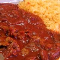 Carne de Res en Salsa Roja