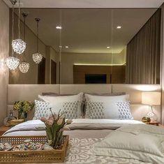 Decoração, quarto pequeno .... super elegante e aconchegante   Via Pinterest