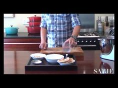 SARIE TV: Herman maak stap-vir-stap sweetie pies | SARIE TV: Herman show how to make sweetie pies  #bake #hearts #sweetie #pies