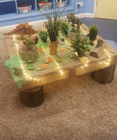 Our small world/construction table ❤️