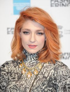 Nicola Roberts Photo - Celebrities On The Front Row: Day Two - LFW Spring/Summer 2011
