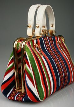 Shop our selection of vintage bags from the world's best fashion stores. Vintage Purses, Vintage Bags, Vintage Handbags, Vintage Shoes, Chanel Handbags, Purses And Handbags, Leather Handbags, Image Mode, Fashion Bags