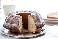 Sněhová bábovka Pavlova, Meringue, Bread, Sweet, Merengue, Candy, Brot, Baking, Breads
