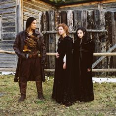 A gallery of Ginger Snaps Back: The Beginning publicity stills and other photos. Featuring Katharine Isabelle, Emily Perkins, Nathaniel Arcand, Tom Mccamus and others. Ginger Snaps Movie, Katharine Isabelle, Emo Princess, October Country, Icon Icon, Fantasy Costumes, Together Forever, Werewolves, Snap Backs