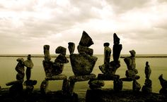 Rock balancing: temporary sculptures by Peter Riedel - Telegraph