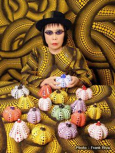 나는 나를 예술가라고 생각하지 않는다. 나는 유년시절에 시작되었던 장애를 극복하기 위하여 예수을 추구할 뿐이다. - 1985 쿠사마 야요이 쿠사마 야요이(くさまやよい, Kusama Yayoi, 1929~) 스토리온의 ART & LIFE 또다른 영상 http://program.interest.me/storyon/artandlife/2/Board/View?b_seq=1 쿠사마 야요이 그녀는 그림을 그리는 예술가가 되려고 한 것은 아니였다 강박신경증과 편집증 그리고 불안신경증으로 인한..