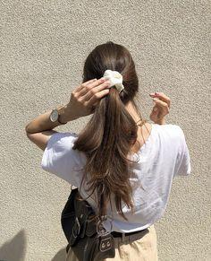 Cute Hairstyles For Medium Hair, Scarf Hairstyles, Summer Hairstyles, Medium Hair Styles, Curly Hair Styles, Cool Hairstyles, Hair Inspo, Hair Inspiration, Honey Hair