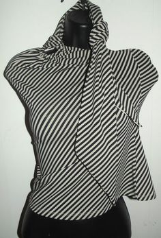 Michael #Kors #Misses Stretch Striped Print Halter Top with Neck Ties Size Small.