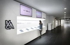 디자인엠포 사이트에 오신 걸 환영합니다. Museum Exhibition Design, Exhibition Room, Display Design, Booth Design, Clinic Design, Hall Design, Model Homes, Office Interiors, Retail Design