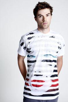Tee shirt Design: Marilyn Stripes