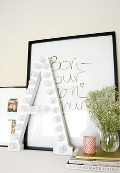 The best DIY projects & DIY ideas and tutorials: sewing, paper craft, DIY. Diy Crafts Ideas 10 DIY Furniture & Decor Projects You Can Make for Your Wedding (Then Use at Home Later) -Read Diy Dorm Decor, Diy Furniture Decor, Dorm Decorations, Home Decor Bedroom, Teen Bedroom, Bedroom Ideas, Teen Rooms, Bedroom Rustic, Bedroom Wall