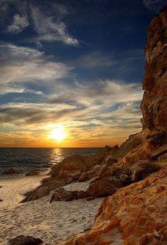 Sunset at Point Dume, Malibu, California. I camped out in Malibu while exploring California. Beautiful Sunrise, Beautiful Beaches, Belle Photo, Beautiful World, Beautiful Landscapes, Wonders Of The World, Sunsets, The Good Place, Nature Photography