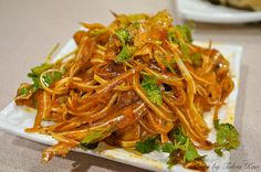 香辣豬耳 - Spicy Stewed Pork Ears