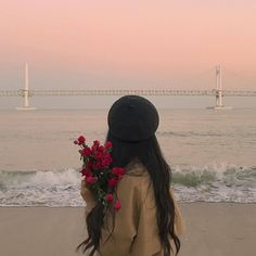 "markclub: ""dari_jung "" Korean Aesthetic, Aesthetic Photo, Aesthetic Girl, Aesthetic Pictures, Korean Girl Photo, Cute Korean Girl, Tumblr Photography, Girl Photography Poses, Shadow Photography"
