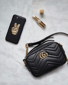 d1325d79a87 Gucci Purse  Designerhandbags. Fashion Handbags Lovers · Designer handbags  · Leather pump Black ...