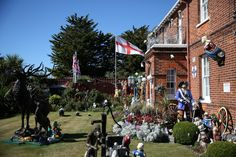 A decorated house is seen in  Clacton-on-Sea, a town in eastern England, where 70 percent of people voted on June 23, 2016 to leave the European Union, Britain August 23, 2016. REUTERS/Neil Hall       SEARCH 'CLACTON BREXIT' FOR THIS STORY. SEARCH 'WIDER IMAGE' FOR ALL STORIES.  via @AOL_Lifestyle Read more: https://www.aol.com/article/news/2017/07/10/sweden-ranked-best-country-to-be-an-immigrant/23023633/?a_dgi=aolshare_pinterest#fullscreen
