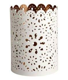 H&M Home offers a large selection of top quality interior design and decorations. Find Furniture, Home Decor Furniture, Metal Candle Holders, Tea Light Holder, Home Living Room, Home Accents, Office Decor, Tea Lights, Home Goods