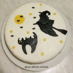 Gâteau sur le thème Sorcière d'Halloween  Découvrez comment le réaliser vous-même avec un tutoriel en images sur mon blog Les délices d'Anaïs.  https://lesdelicesdanais.net/tutoriels/ldda_gateau_halloween_carot-cake_07/  #cakedesign #tutoriel #gateau #patisserie #pateasucre #gâteau #anniversaire #birthday #birthdaycake #cake   #Sorcière #Halloween