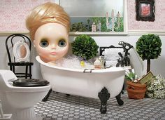 #blythe: Bubble bath for relaxation