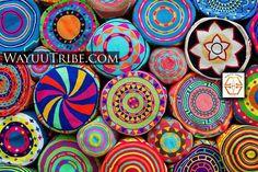 Mochila Bags from below. The Handmade shoulderbags are one-of-a… Crochet Mandala, Freeform Crochet, Tapestry Crochet, Crochet Stitches Patterns, Weaving Patterns, Crochet Designs, Crochet Purses, Crochet Hooks, Free Crochet