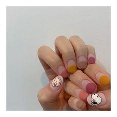 #스누피네일 #프렌치네일 #무광네일 #찰리브라운 #스누피 로 이달의아트 디자인! 요즘 증말 요 아이들 안데려가시는분이 없어요,, 스누피공장처럼 찍어내는중입니다요 🤣 ⠀⠀⠀⠀⠀⠀⠀⠀⠀⠀⠀⠀⠀⠀⠀⠀⠀ ⠀⠀⠀⠀⠀⠀⠀⠀⠀⠀⠀⠀⠀⠀⠀⠀⠀… Korean Nail Art, Korean Nails, Nails First, Nails Only, Diy Nails, Cute Nails, Snoopy Nails, Nail Inspo, Body Piercing