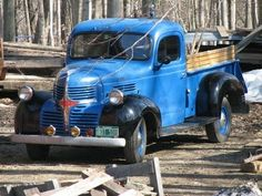 My Daddy had plenty of these old trucks ..