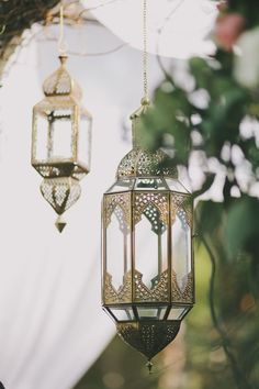Hang Moroccan lamps from a tree | Bohemian eclectic decor | Girlfriend is Better