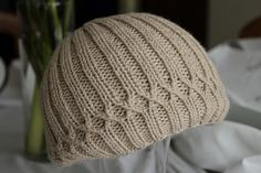 Ravelry: Project Gallery for Jesse's Christmas Hat pattern by Elspeth Kursh  - FREE